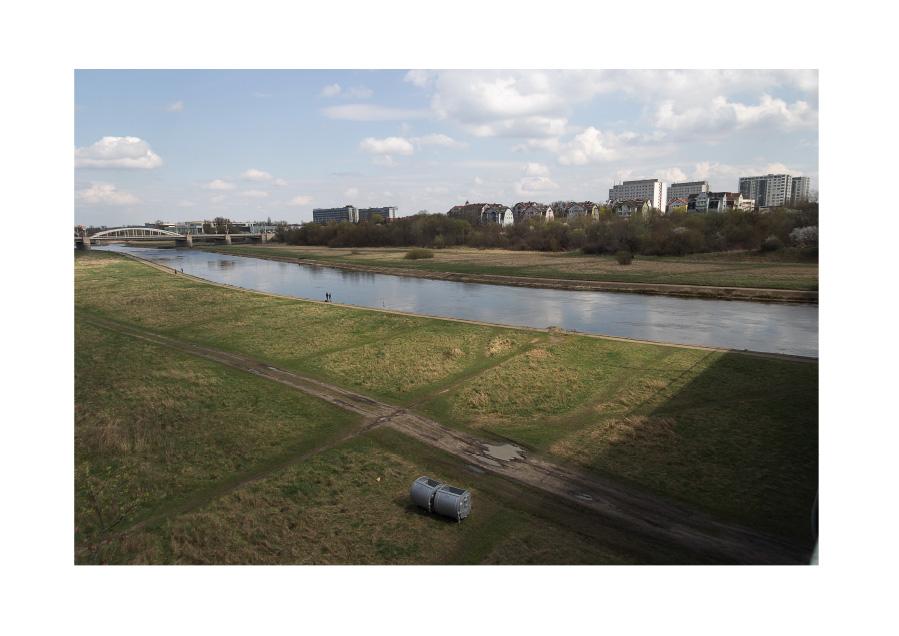 Interstices, Warta's riverside Digital photography, Poznan, April 2016.